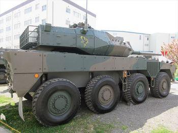 16式機動戦闘車(5)_R.JPG