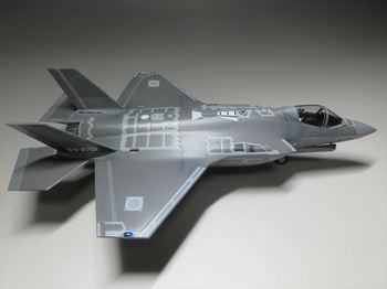 F-35-5_R.JPG